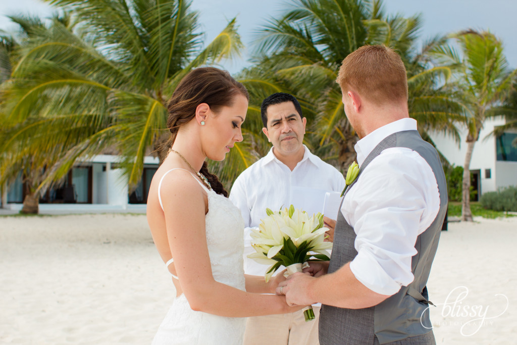 Destination-Wedding-beach-riviera-maya-Holly-1