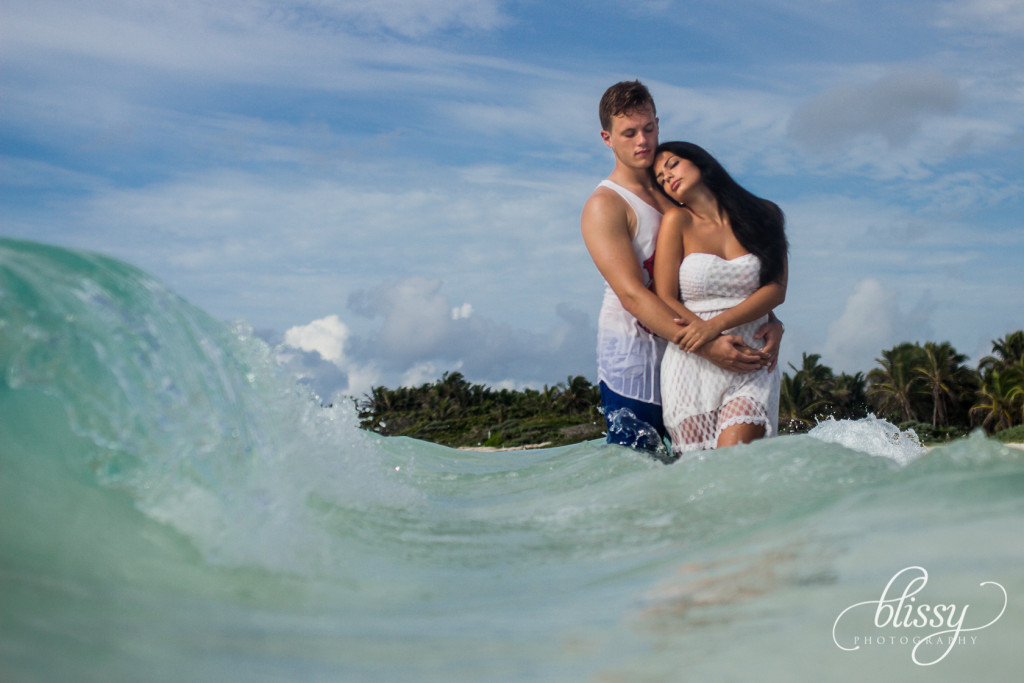 couple-portrait-beach-riviera-maya-lorena-2
