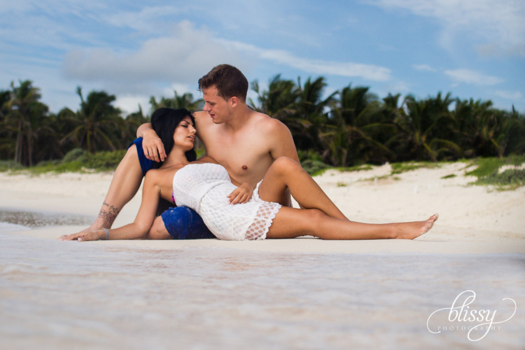 couple-portrait-beach-riviera-maya-lorena-3