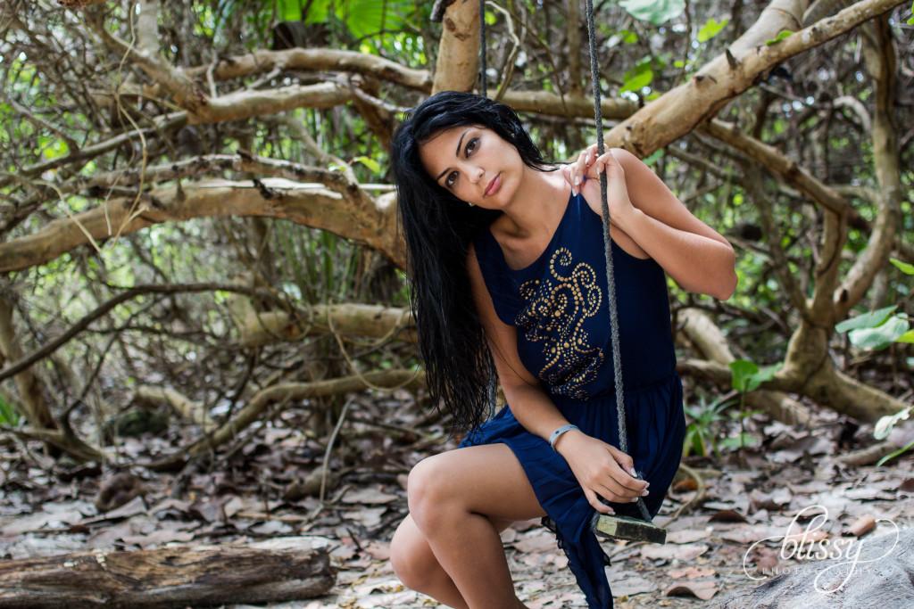 fashion-photography-cenote-riviera-maya-lorena-11