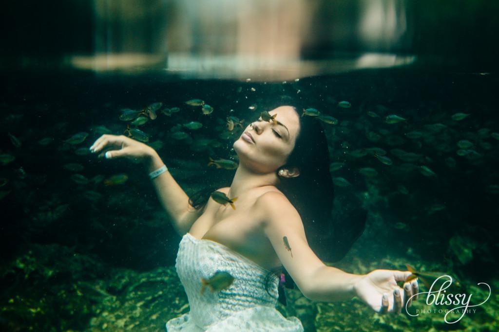 fashion-photography-underwater-riviera-maya-lorena-4