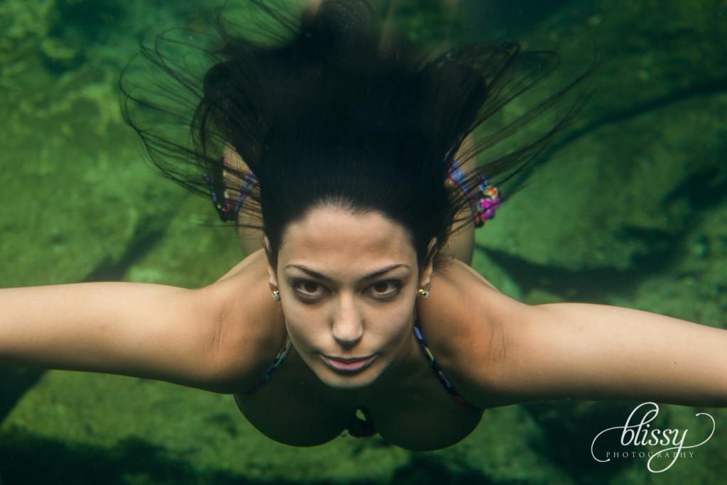 fashion-photography-underwater-riviera-maya-lorena-6