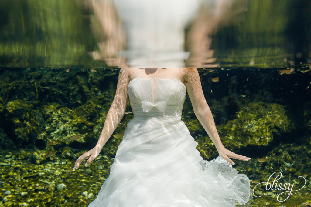 trash-the-dress-underwater-riviera-maya-gaby-26